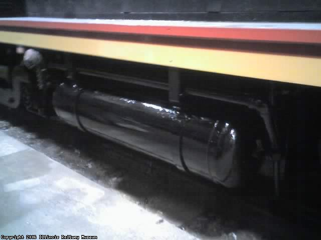 Painted air tank on CBQ 9255