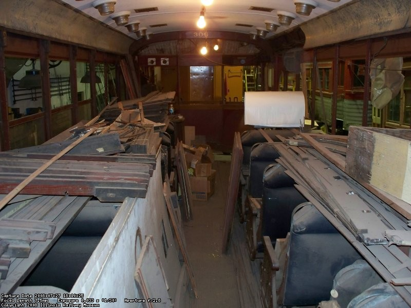 Interior - main compartment - July 2008