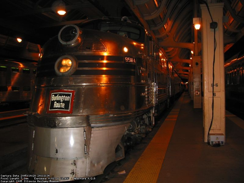 E-5 9911A sitting on Track 8 of Chicago Union Station.