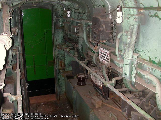 PC 4715 hood interior