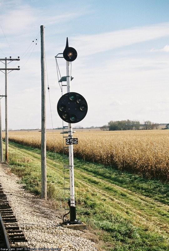 Signal 252 Eastbound. GRS Color Position Light, SP RR (Alton Line) Bloomington, IL