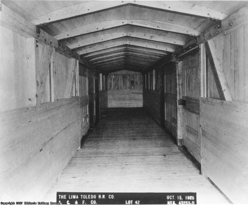 Lima Toledo RR 993 - Interior