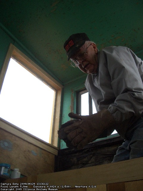 04.29.09 - BOB HAS BEEN APPLYING MORE TRIM TO THE CUPOLA.