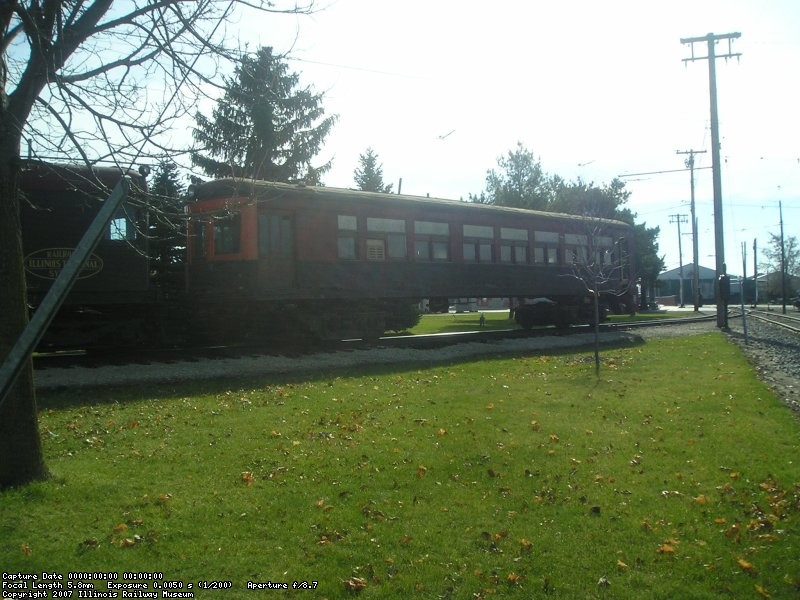 The Michigan Electric 28 is towed out with Illinois Terminal 1565 in November 2006.