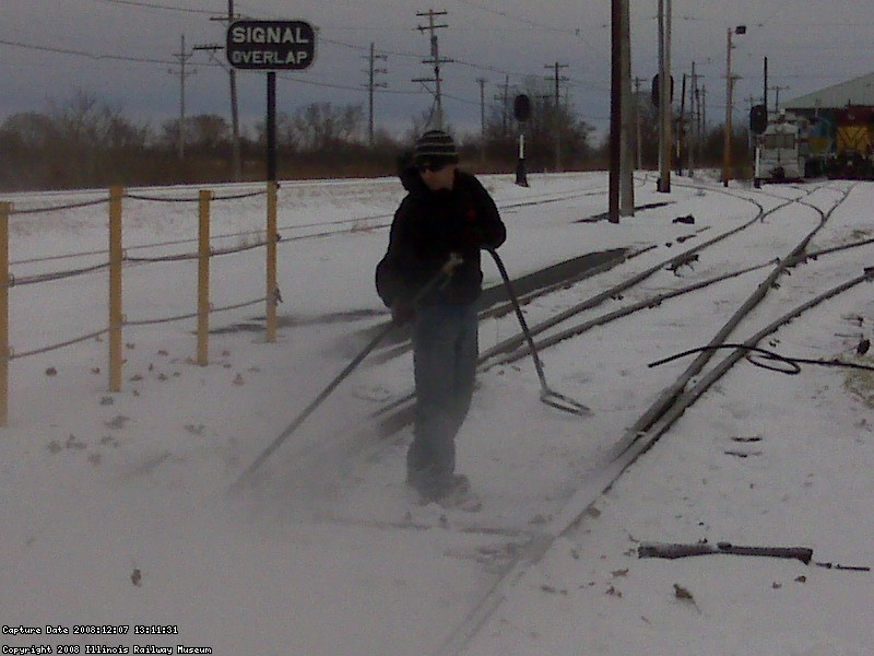 Snow blowing track style