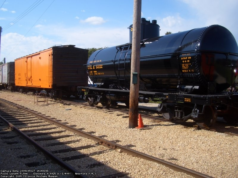 09.27.09 - UTLX-17222 AND URTX-26640 ARE THE TWO CARS WHICH WILL BE COMPLETED BY THE FREIGHT CAR DEPARTMENT THIS YEAR.
