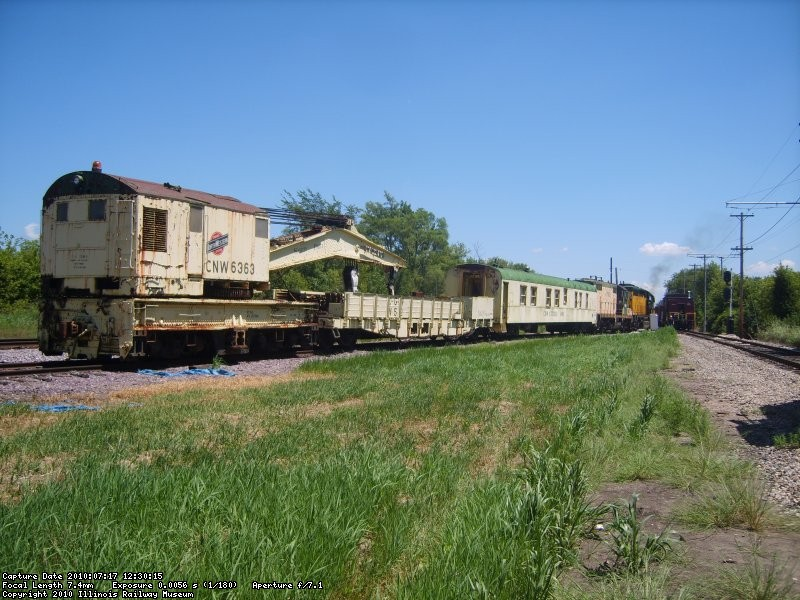 S8004443
