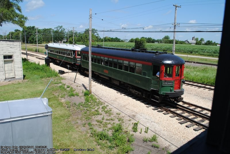 A CNS&M local heads onto the Mundelein Branch