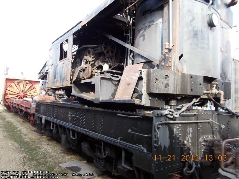 Restoration started BUT ran out of money on CWI 19OO Notice vertical boiler    11-21-12
