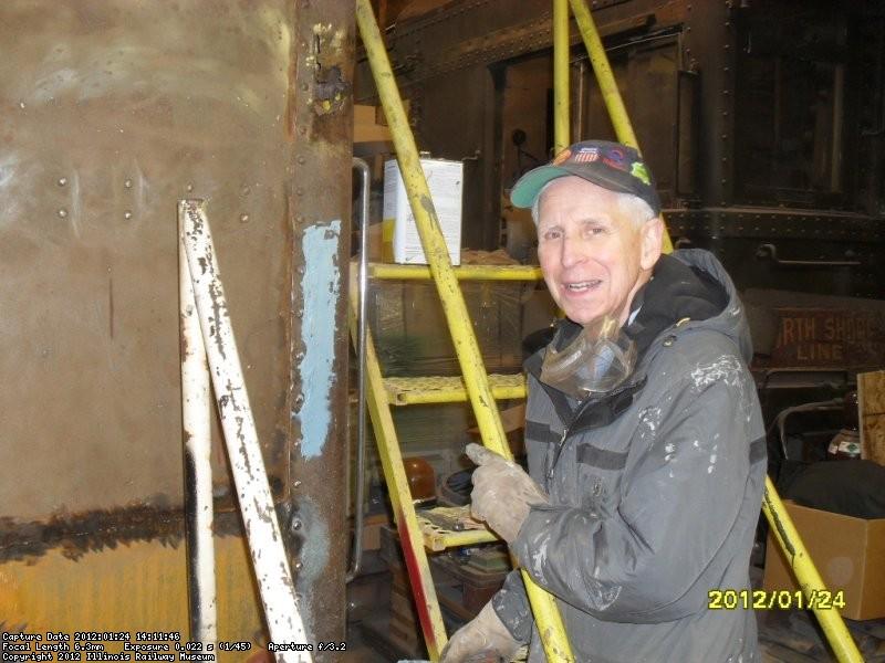 Bill Lieder doing bondo work on CGW 285 Weekday Wed crew project. 1-24-2012