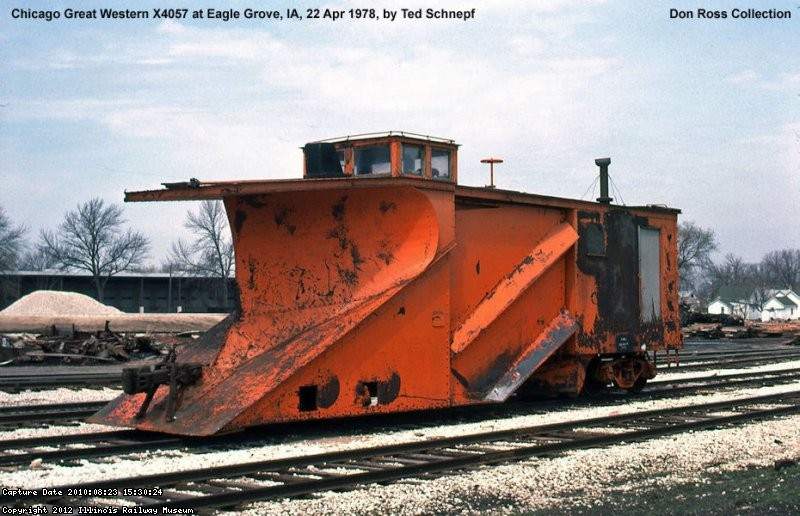CGW 4057 at Eagle Grove, Iowa.  April 22, 1978