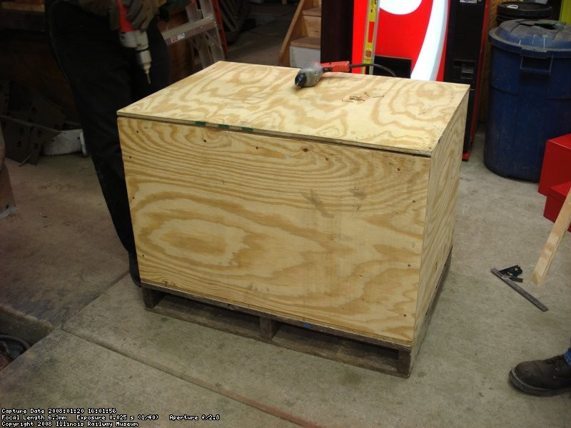Shipping crate for MNS 21 oil cooler