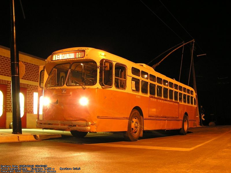 Milwaukee Trolley Coach 441