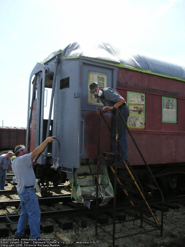 08/11/07 Bob Hunter, Chuck Trabert and Bob Kutella priming Dover Strait