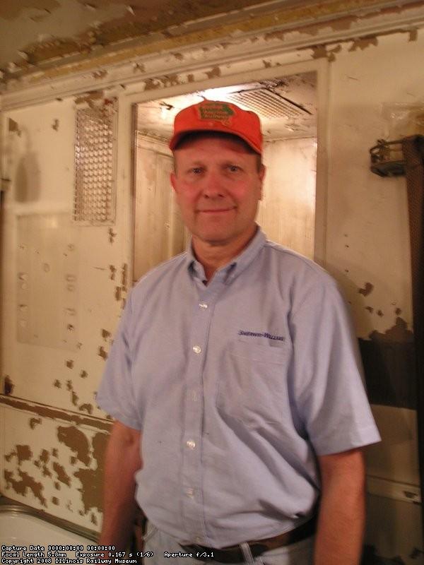 09/22/07 Roger Kramer standing inside the John McGloughlin