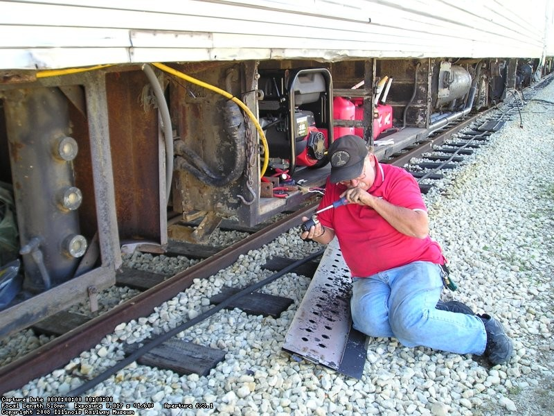 09/22/07 Phil Stepek works on a generator for the Streamliners