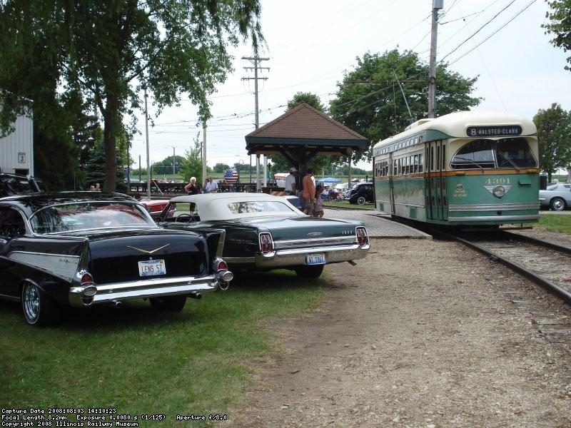 CTA 4391 departs Depot Street