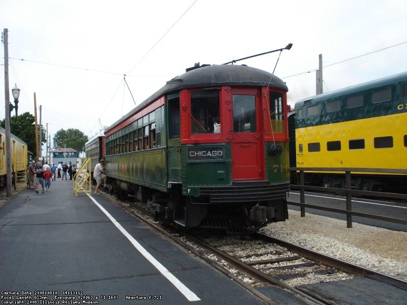 CNS&M train boarding passengers