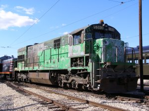 Burlington Northern 5383, before its new paint job
