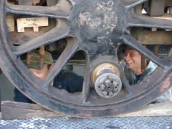 The connecting rod between the #4 axle and #5 axle was also removed to free the wheelset from the running gear