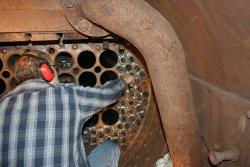Dave locks the tube in the smokebox