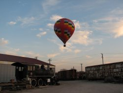 Near sundown a hot air balloon passed overhead - Photo by Pauline Trabert