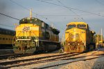 UP 1995 & CNW 8701 enjoy the sunset