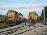 Spotting locomotives for photos